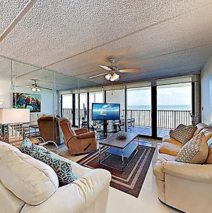 New Listing! Shorefront Sensation W/ Pool, Balcony Condo photos Exterior