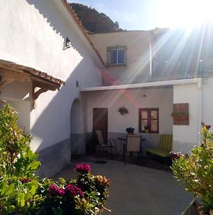 Apartment With 3 Bedrooms In Cortes Y Graena With Wonderful Mountain View And Enclosed Garden 89 Km From The Slopes photos Exterior
