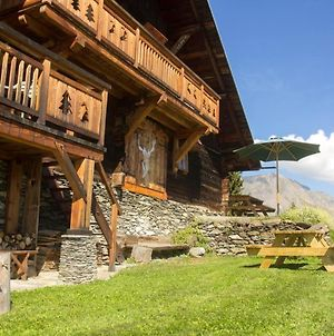 Chalet With 3 Bedrooms In Saintnicolaslachapelle With Wonderful Mountain View And Furnished Garden photos Exterior