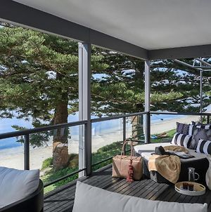 The Seaview - Designer Beachfront House photos Exterior