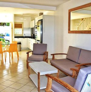 House With 2 Bedrooms In Saint Francois With Furnished Garden And Wifi 700 M From The Beach photos Exterior