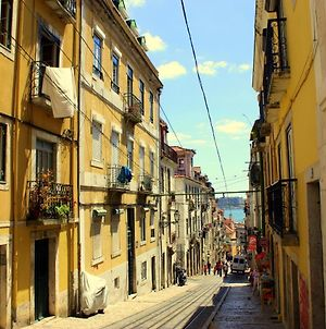 Apartment With One Bedroom In Lisboa With Wonderful City View Balcony And Wifi 20 Km From The Beach photos Exterior
