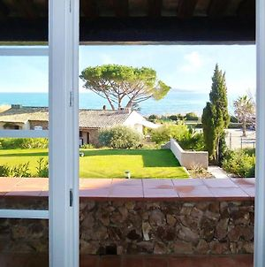 Studio In Sainte Maxime With Wonderful Sea View Pool Access And Enclosed Garden 150 M From The Beach photos Exterior