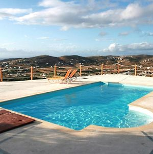Villa With 3 Bedrooms In Paros With Wonderful Sea View Shared Pool And Wifi 1 Km From The Beach photos Exterior