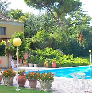 Villa With 5 Bedrooms In Pesaro With Private Pool Enclosed Garden And Wifi 3 Km From The Beach photos Exterior