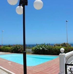 House With 2 Bedrooms In San Bartolome De Tirajana With Wonderful Sea View Shared Pool And Enclosed Garden 300 M From The Beach photos Exterior