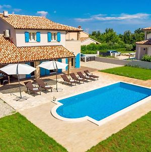 Villa With 3 Bedrooms In Hreljici With Wonderful Mountain View Private Pool Furnished Terrace 131 Km From The Slopes photos Exterior