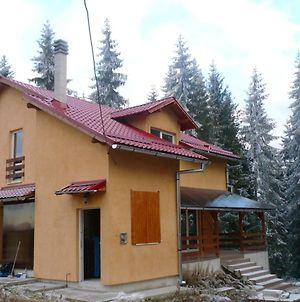 House With 4 Bedrooms In Marisel With Furnished Terrace photos Exterior