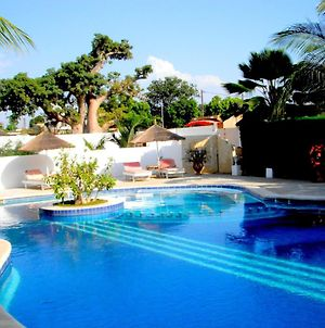 Villa With 3 Bedrooms In Saly With Shared Pool Enclosed Garden And Wifi 300 M From The Beach photos Exterior
