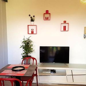 Studio In Saint Denis With Enclosed Garden And Wifi 34 Km From The Beach photos Exterior