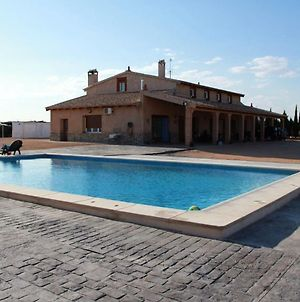 Villa With 4 Bedrooms In Villarrobledo With Private Pool Furnished Terrace And Wifi photos Exterior