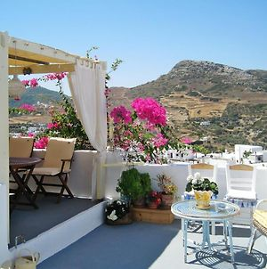 House With One Bedroom In Skyros With Wonderful Mountain View Furnished Terrace And Wifi 4 Km From The Beach photos Exterior