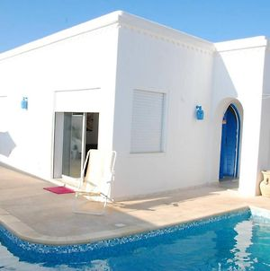 Villa With 3 Bedrooms In Djerba, With Private Pool, Enclosed Garden And Wifi photos Exterior