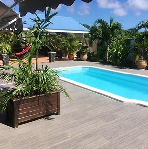 Apartment With One Bedroom In Saint Francois With Shared Pool Furnished Terrace And Wifi 3 Km From The Beach photos Exterior