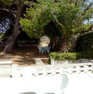 House With One Bedroom In San Pietro In Bevagna With Furnished Terrace And Wifi 800 M From The Beach photos Exterior