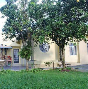 House With 3 Bedrooms In Phoenix, Vacoas-Phoenix, With Enclosed Garden And Wifi photos Exterior