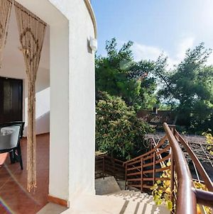 Apartment With One Bedroom In Zavala, With Wifi photos Exterior