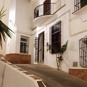 Apartment With 3 Bedrooms In Torrox With Wonderful Mountain View Furnished Terrace And Wifi 3 Km From The Beach photos Exterior