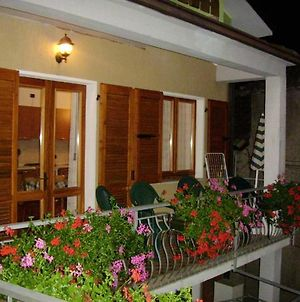 Apartment With 2 Bedrooms In Prabione With Wonderful Mountain View Furnished Balcony And Wifi 8 Km From The Beach photos Exterior