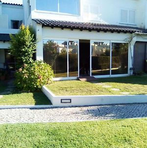 House With 4 Bedrooms In Corroios With Shared Pool Enclosed Garden And Wifi 4 Km From The Beach photos Exterior