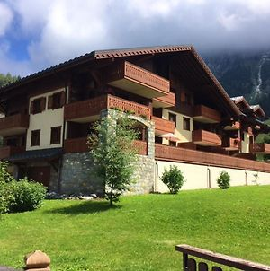 Apartment With 2 Bedrooms In Pralognan La Vanoise With Wonderful Mountain View Furnished Garden And Wifi 900 M From The Slopes photos Exterior