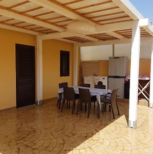 House With 2 Bedrooms In Lido Di Noto With Furnished Terrace 200 M From The Beach photos Exterior