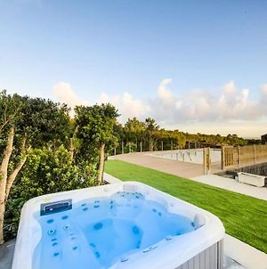 House With One Bedroom In Lajido, With Wonderful Sea View, Shared Pool, Enclosed Garden photos Exterior