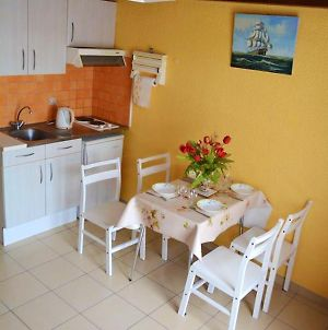 Apartment With 2 Bedrooms In Biscarrosse With Terrace 4 Km From The Beach photos Exterior