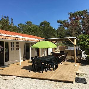 House With 5 Bedrooms In Le Bois Plage En Re With Enclosed Garden 100 M From The Beach photos Exterior