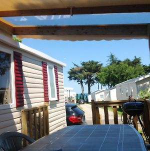 Bungalow With 2 Bedrooms In Quiberon With Wonderful Sea View Shared Pool And Furnished Garden 50 M From The Beach photos Exterior