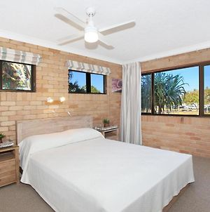 Illawong Inn 4 - 2 Bdrm Unit On Mooloolaba Spit photos Exterior