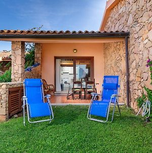 Apartment With 3 Bedrooms In San Teodoro With Wonderful Sea View And Furnished Garden 200 M From The Beach photos Exterior