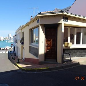 House With 2 Bedrooms In Les Sables D'Olonne With Wifi photos Exterior