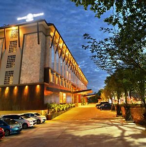 Grand Tjokro Hotel Balikpapan photos Exterior