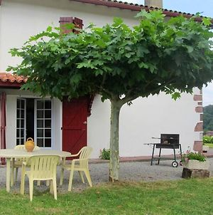 House With 2 Bedrooms In Lasse With Wonderful Mountain View And Enclosed Garden 50 Km From The Beach photos Exterior