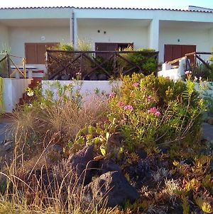 Villa With One Bedroom In Vulcanello With Wonderful Sea View And Enclosed Garden 10 M From The Beach photos Exterior