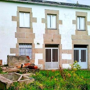 House With 4 Bedrooms In Ourol With Wonderful Mountain View And Enclosed Garden 12 Km From The Beach photos Exterior