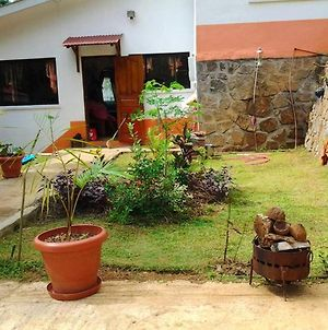 House With 3 Bedrooms In Victoria With Wonderful Mountain View Furnished Garden And Wifi 10 Km From The Beach photos Exterior