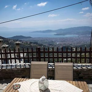 House With 4 Bedrooms In Volos With Wonderful Sea View Furnished Terrace And Wifi 6 Km From The Beach photos Exterior