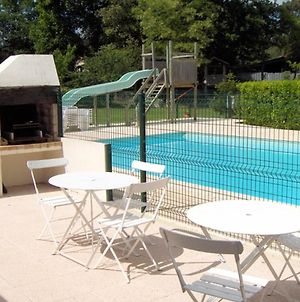 Apartment With 2 Bedrooms In Saintpalaissurmer With Shared Pool Enclosed Garden And Wifi 1 Km From The Beach photos Exterior