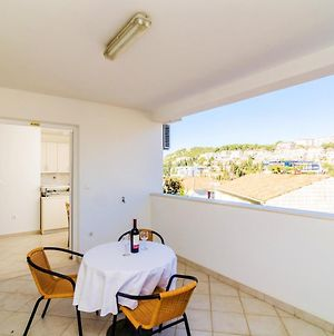 Apartment With One Bedroom In Dubrovnik, With Wonderful Sea View, Furnished Terrace And Wifi - 300 M From The Beach photos Exterior