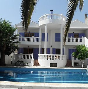 House With 4 Bedrooms In Durcal With Wonderful Mountain View Shared Pool Furnished Terrace photos Exterior