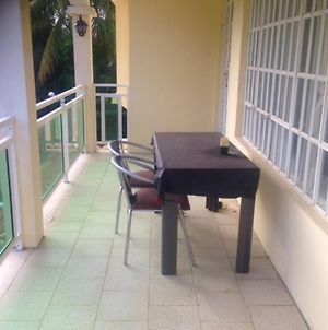 Apartment With 2 Bedrooms In Trou Aux Biches With Enclosed Garden And Wifi 800 M From The Beach photos Exterior