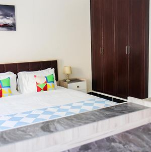Signature Holiday Homes - Furnished Studio In Knight Bridge Court A, Jvc photos Exterior