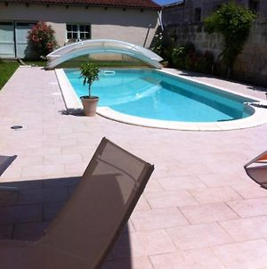 Studio In Jonzac With Shared Pool Enclosed Garden And Wifi 50 Km From The Beach photos Exterior
