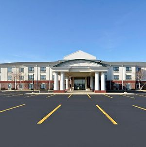 Holiday Inn Express Hotel & Suites Fort Atkinson photos Exterior