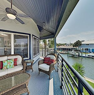 Beautiful River Home W/ Private Pool, Dock & Beach Home photos Exterior