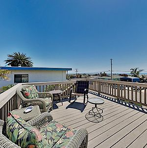 Ocean-View Retreat: Deck & Game Room, Near Beach! Home photos Exterior