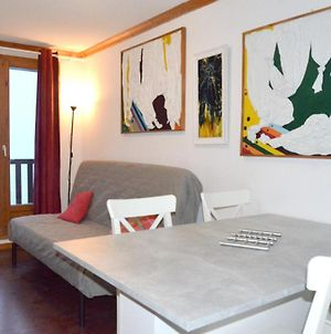 Apartment With 2 Bedrooms In Besse Et Saint Anastaise With Wonderful Mountain View Shared Pool And Wifi photos Exterior