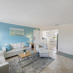 Seas The Day 4 - 2Br Condo With Pool & Hot-Tub On Singer Island Duplex photos Exterior